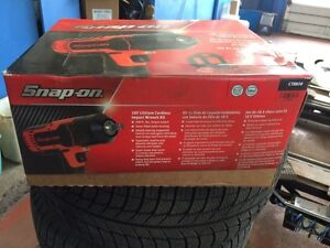 Snap on impact 1/2 like new with bill