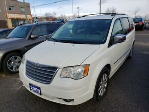 2009 Chrysler Town & Country Touring  , stow and go , 7 Passenge