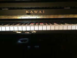 Kawai Upright Piano - Showroom Condition Kitchener / Waterloo Kitchener Area image 2