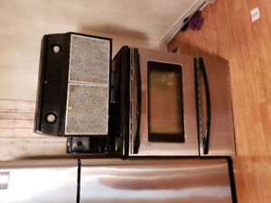 """Fridgidaire stainless steel 30"""" electric glass top stove range"""