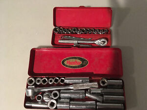 Lot of vintage tools (Husky) over 75 pieces
