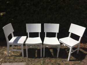 "4 Chaises blanches Ikea ""Norvald"""