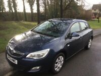 2010 Vauxhall Astra 1.6 Exclusive-12 months mot-1 owner-full history-exceptional value