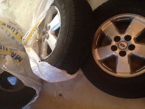 4 x 235/70/16 Tires on OEM Ford Escape wheels