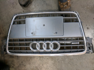 Audi A4 s-line  B8 front Grille