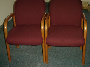 Used office chairs , reception chairs also executive chairs Regina Regina Area image 3