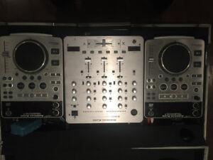 Mixer American Pro scratch avec case & Mixer RYM - 125
