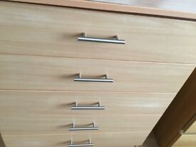!!!!Bargain!!!!!solid chest drawers