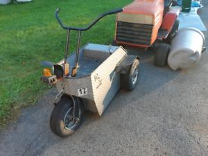 Mechanics electric three wheeler