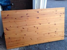 Pine table £45 55x32