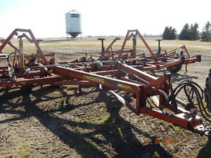 morris magnum 731 35ft deeptillage