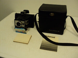 VINTAGE ~ POLARIOD M6 ~ LAND CAMERA ~ W/ INSTRUCTIONS & CASE!!