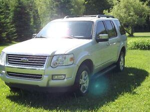 2010 Ford Explorer XLT v6 4l 4x4
