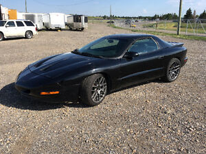1997 Pontiac Firebird Coupe (2 door)