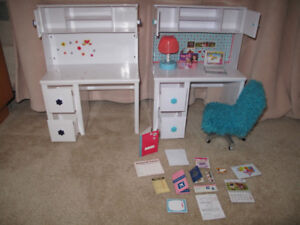 "Desk Set for 18"" Dolls"