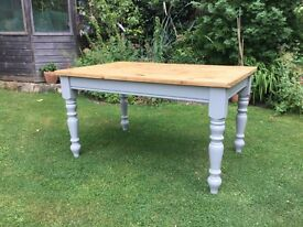 Lovely Pine Kitchen / Dining Table .....4ft 6 ins