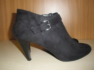 LADIES SIZE 10 SHOES   10.00 EACH PAIR Kitchener / Waterloo Kitchener Area image 5