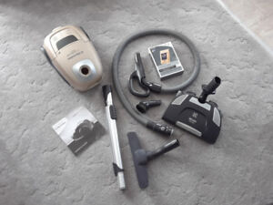 Electrolux Vaccuum cleaner for sale