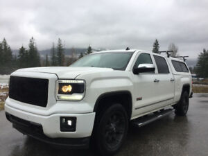 2014 GMC Sierra Fully loaded truck