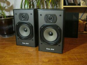 Wharfedale Delta 30.2 Bookshelf Speakers Made in England