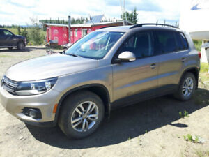 FOR SALE - 2015 VW TIGUAN 4MOTION -LOW Kms! Reduced from $20,499