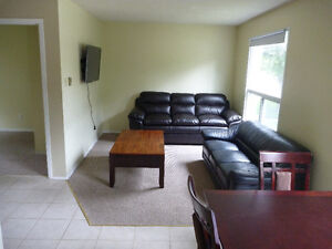 Fully-furnished 5 bed apt for Sept. 1st, $495 all-inclusive!