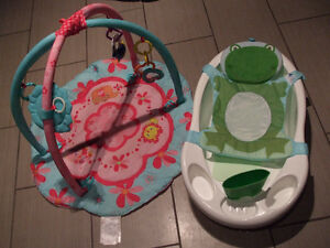 A perfect baby girl set: 3 piece bath set with a pink baby gym