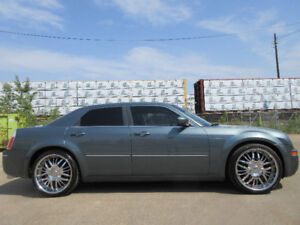 2005 CHRYSLER 300-LEATHER-SUNROOF-DVD-HDTV-DAUL EXHAUST