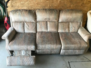 Sofa for Sale in Laval