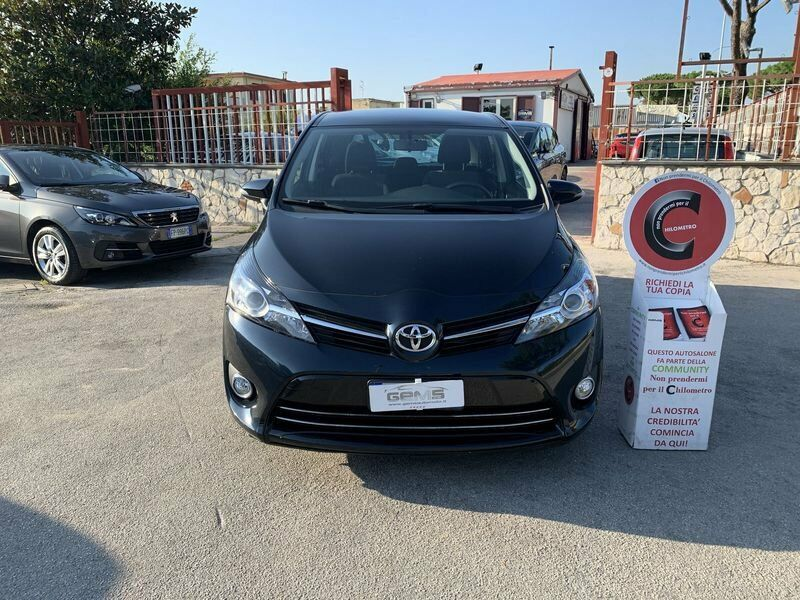 Toyota Verso  1.6 D-4D Style