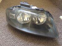 Audi a3 2005 right headlight headlamp