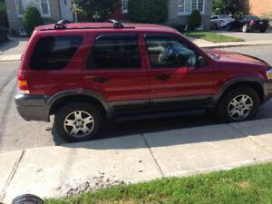 ford escape xlt 2005 a vendre