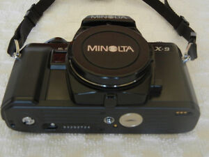 CAMERA MINOLTA X-9 35mm with accessories Gatineau Ottawa / Gatineau Area image 2