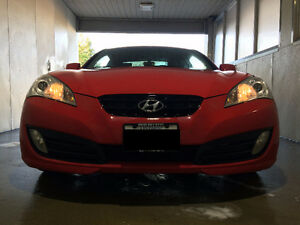 2011 Hyundai Genesis Coupe 2.0T + Rear Camera