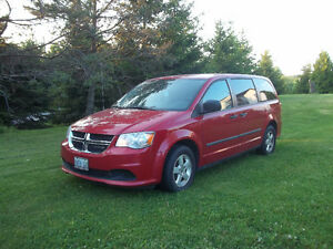 2012 Dodge Grand Caravan Minivan, Van (Reduced)