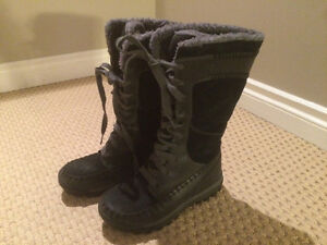 Timberland size 6 boots