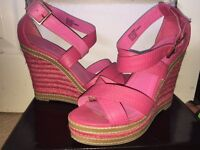 Size 5 pink wedges