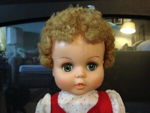 "23"" Star Doll - Made in Canada circa 1962 London Ontario image 3"