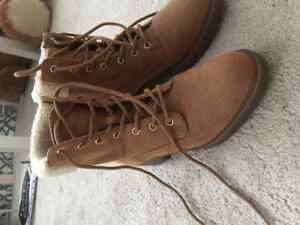 Fall/winter boots! Never used!