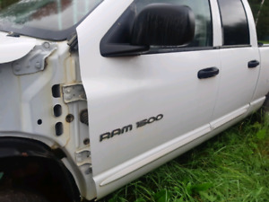 Dodge Ram Parting   Buy New and Used Auto Body Parts, OEM