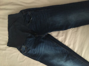 Maternity pants size 8