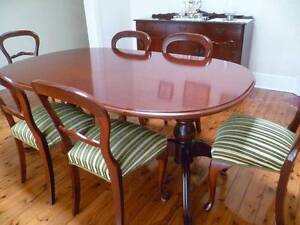 Dineen Table and chairs Chatswood Willoughby Area Preview
