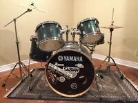 Yamaha - Drum Kit