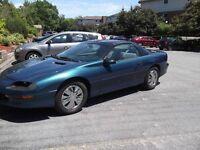 1997 Chevrolet Camaro Coupe (2 door)