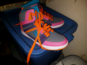 New women's size 10 DC Shoes