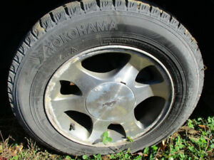 2 TIRES HIVER 205/65/15
