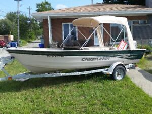 Crestliner Angler 16 pieds 2001, Console, 35HP