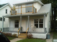 REDUCED - Renovated duplex by UofW.