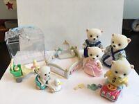 Sylvanian families - bear family and nursery set
