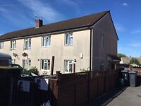 LARGE 2 BED HOUSE TYPE FLAT WITH OWN GARDEN.. LOOKING TO EXCHANGE